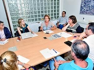 Reunião entre Unicamp, USP e Unesp criou força-tarefa contra o Zika (Foto: Antonio Scarpinetti/Unicamp)