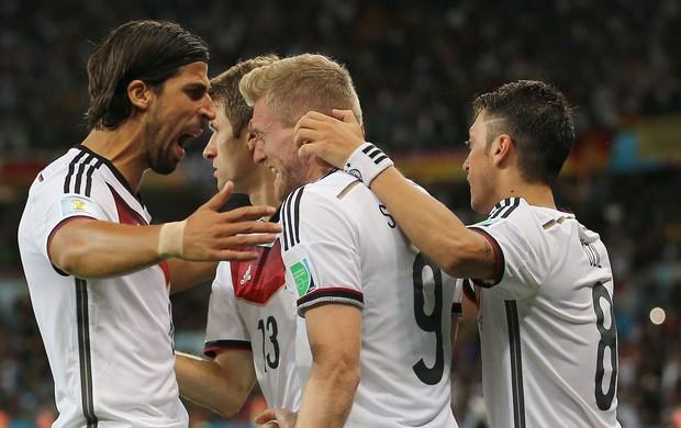 gol Alemanha x Argélia no Beira-Rio (Foto: EFE)