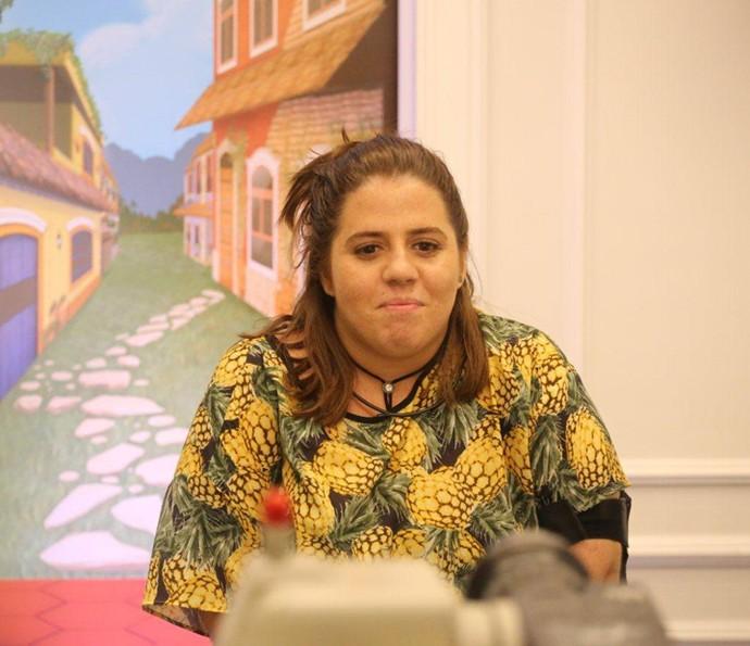 Mandando recado para os colegas do Gshow diretamente do Confessionário do BBB17 (Foto: Paulo Belote/Globo)