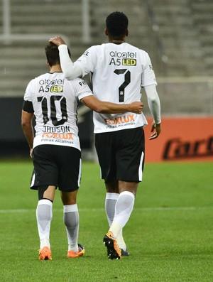 Corinthians x Ponte Preta - Jadson e Jô