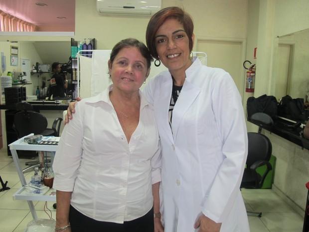 Cleusa (esq.) e Regiane Lapetina antes do procedimento (Foto: Jéssica Bitencourt / G1)
