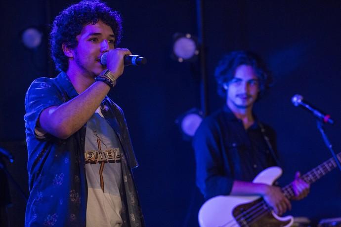 Tom e Nicolau durante apresentação (Foto: Inácio Moraes/Gshow)