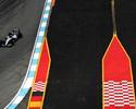 Rosberg segura a ponta e Hamilton fica na cola, no 2º treino, na Alemanha