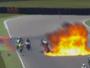 Acidente com explosão de tanque de combustível assusta na Moto2. Veja