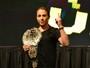 """""""Inspirada"""" em McGregor, Joanna quer somar mais um cinturão do UFC"""