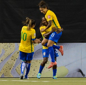 Formiga, Marta, Cristiane Brasil x Coreia do Sul Mundial Feminino (Foto: AFP)