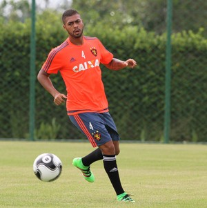 Christianno Sport (Foto: Aldo Carneiro / Pernambuco Press)