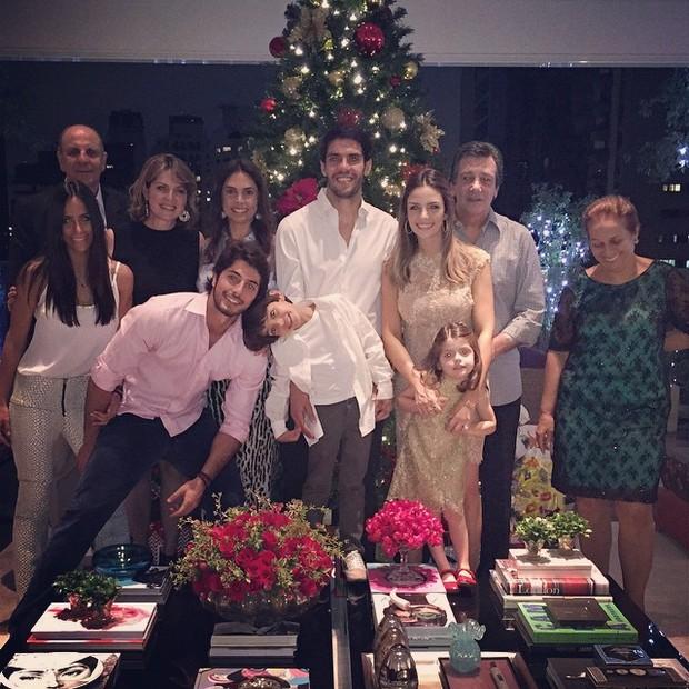 Kaká, Carol Celico e família na noite de Natal (Foto: Reprodução/Instagram)