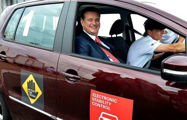 Ministro Gilberto Kassab em evento de segurança automotiva (Foto: Elza Fiuza/Agência Brasil)
