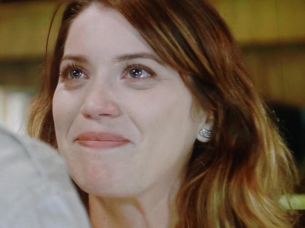 Jornalista se emociona em conversa com namorado (Foto: TV Globo)