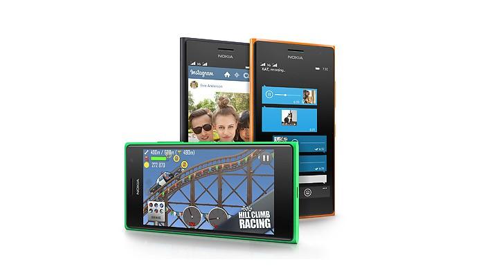 Lumia 730 tem tela com resolução HD e boa qualidade para filmes e jogos (Foto: Divulgação/Microsoft)