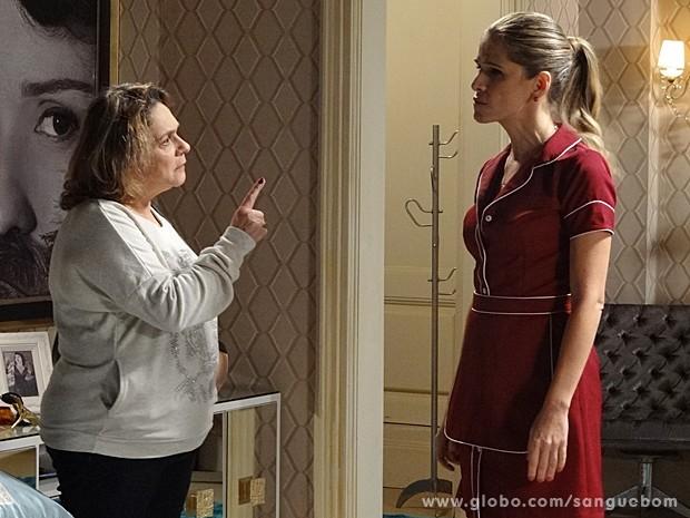 Tina leva a maior bronca de Madá e finge aceitar tudo. Sei... (Foto: Sangue Bom/TV Globo)