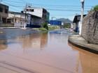 Bairros de Vitória e Cariacica ficam sem água após adutora romper