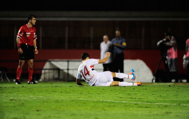 Alan Kardec perde penalti São Paulo x Atlético Nacional (Foto: Marcos Ribolli)