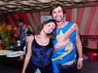 Francisco Vitti e Amanda de Godoi curtem carnaval juntinhos na Bahia
