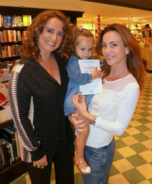 Arlete Heringer, Sophia e Flávia Monteiro (Foto: AgNews)