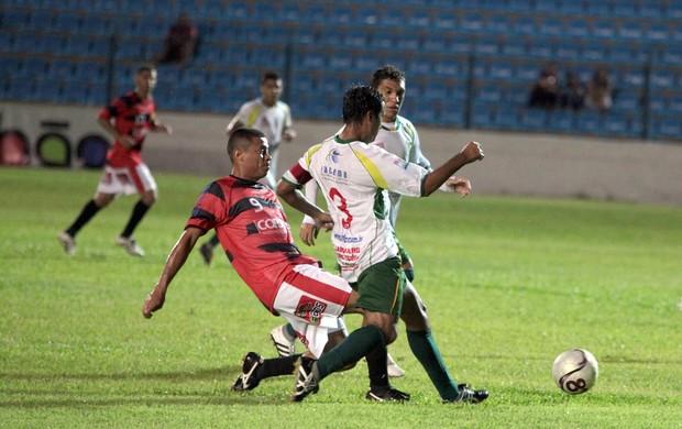Moto Club e Sabiá jogam Campeonato Maranhense, no Nhozinho Santos (Foto: Biné Morais/O Estado)
