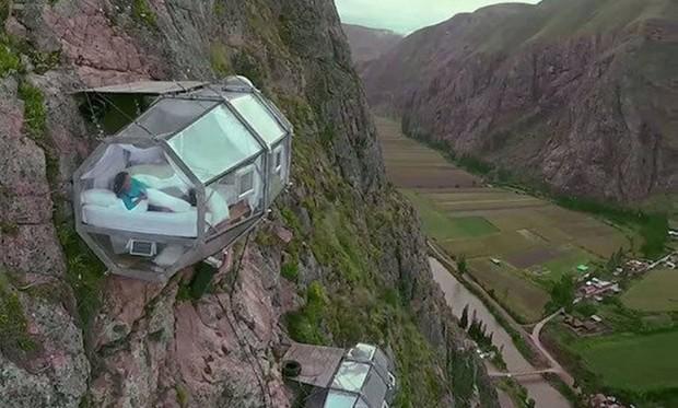 Hotel a 400 metros de altura tem vista privilegiada para os corajosos (Foto: Natura Viva/Reprodução)
