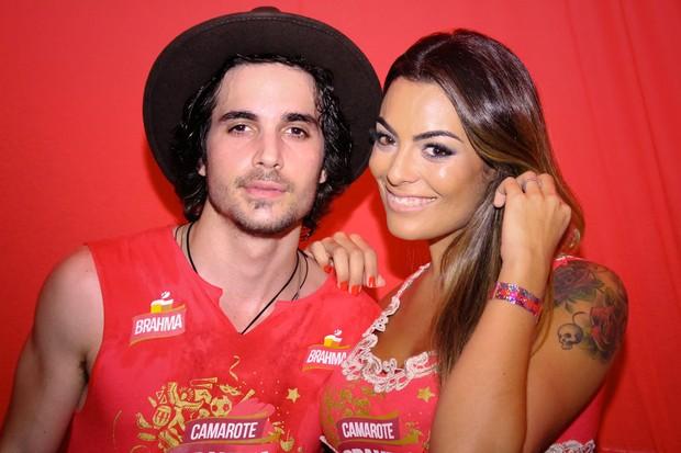 Fiuk e Monique Amin em Florianópolis (Foto: 2ERRES/DIVULGAÇÃO)