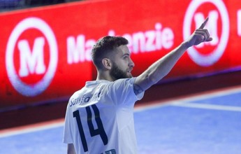 """Corinthians anuncia a contratação do ala Xande: """"Estar aqui hoje é o ápice"""""""