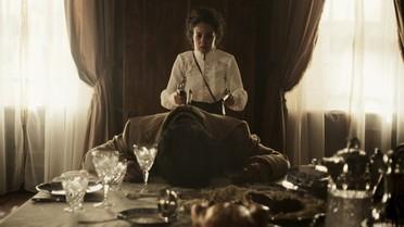 Joaquina encontra Rubião morto