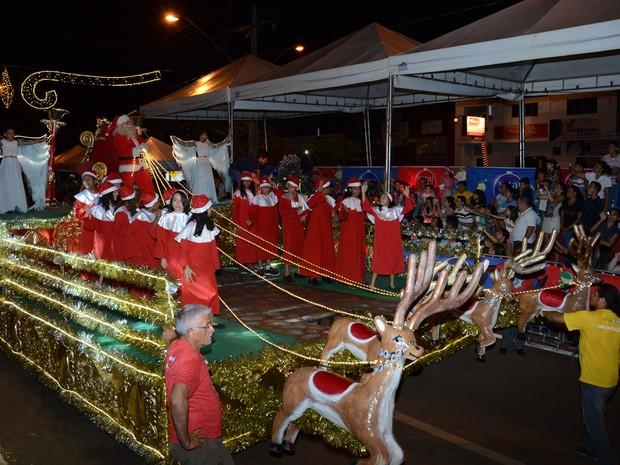 Desfiles são realizados todas as quintas e sábados (Foto: Divulgação/Ascom Prefeitura de Palmas)
