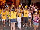 Blocos de rua animam carnaval de foliões em Viçosa