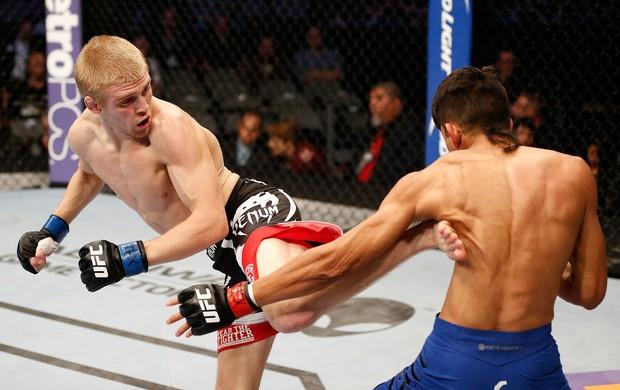 UFC Will Campuzano e Justin Scoggins (Foto: Agência Getty Images)
