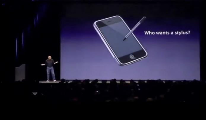 Apple desconsiderou introduzir caneta stylus (Foto: Reprodução/YouTube)
