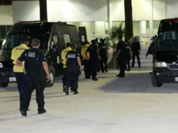 Presos chegaram à penitenciária federal de Mossoró nesta quinta (12) (Foto: Divulgação)