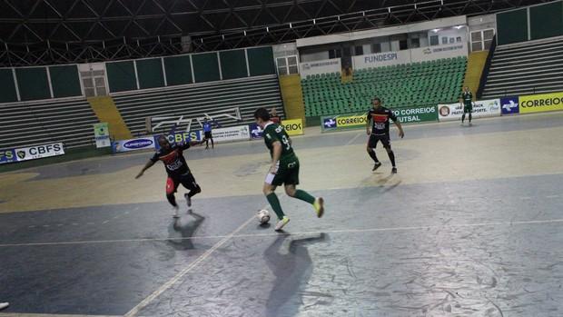 Igor Mororó foi o destaque do Ceut (Foto: Wenner Tito/Globoesporte.com)
