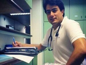 Edelvan Gabana no início do 5º ano de medicina na USP, em janeiro de 2013 (Foto: Arquivo pessoal/Edelvan Gabana)