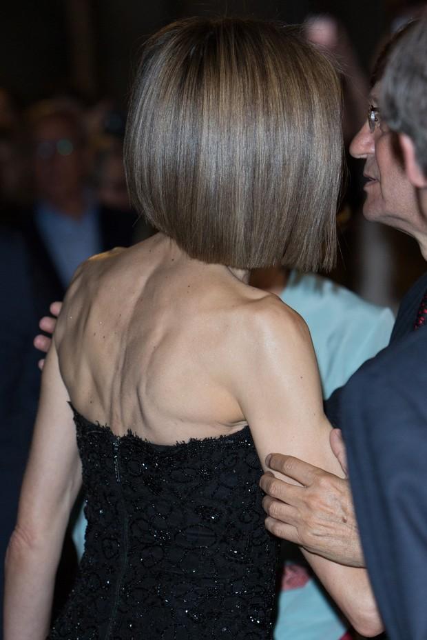 Rainha Letizia da Espanha aparece com os cabelos mais curtos (Foto: Getty Image)