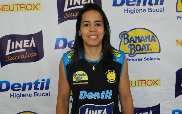 Líbero do Praia Clube, Tássia Sthael  (Foto: Caroline Aleixo/GLOBOESPORTE.COM)