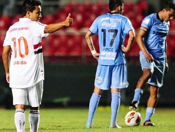 """São Paulo e Bolívar se enfrentam pela """"pré-Libertadores"""" (Foto: Marcos Ribolli / Globoesporte.com)"""