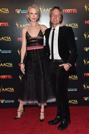 Nicole Kidman e Keith Urban em premiação em Los Angeles, nos Estados Unidos (Foto: Alberto E. Rodriguez/ Getty Images/ AFP)