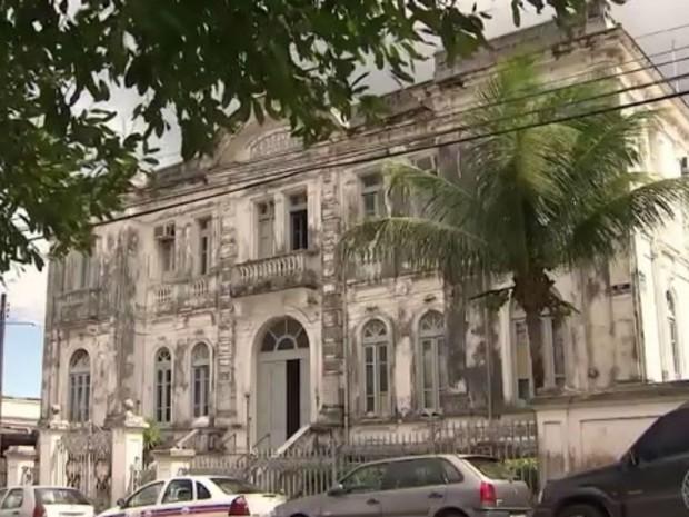 Hospital Couto Maia, em Salvador (Foto: Reprodução / TV Bahia)