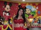 Priscila Pires usa figurino temático na festa de 1 ano do filho caçula