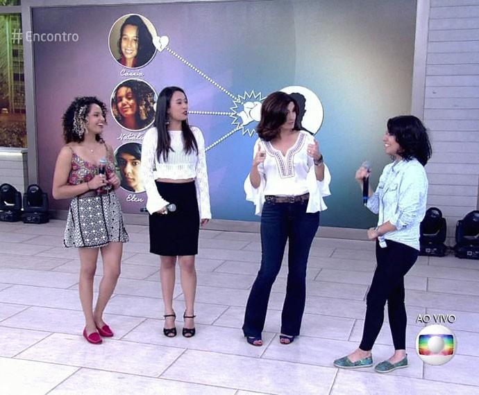 Fátima conversa com as mulheres traídas pelo mesmo homem  (Foto: TV Globo)