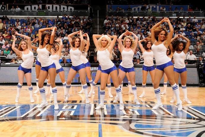 Além do Gorilla, mascote dos Suns, as dançarinas do Orlando estarão nas finais do NBB 7 (Foto: Divulgação NBA/Brasil)