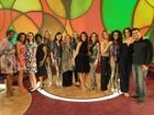 Elenco de Cheias de Charme grava cena no Encontro com Fátima Bernardes