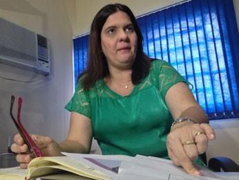 Delegada Beatriz Gibson comanda as investigações (Foto: Kety Marinho / TV Globo)