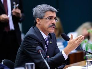 O relator, deputado Luiz Sérgio (PT-RJ), durante sessão da CPI da Petrobras que ouviu o presidente da Câmara, Eduardo Cunha (PMDB-RJ) (Foto: Lucio Bernardo Jr. / Câmara dos Deputados)