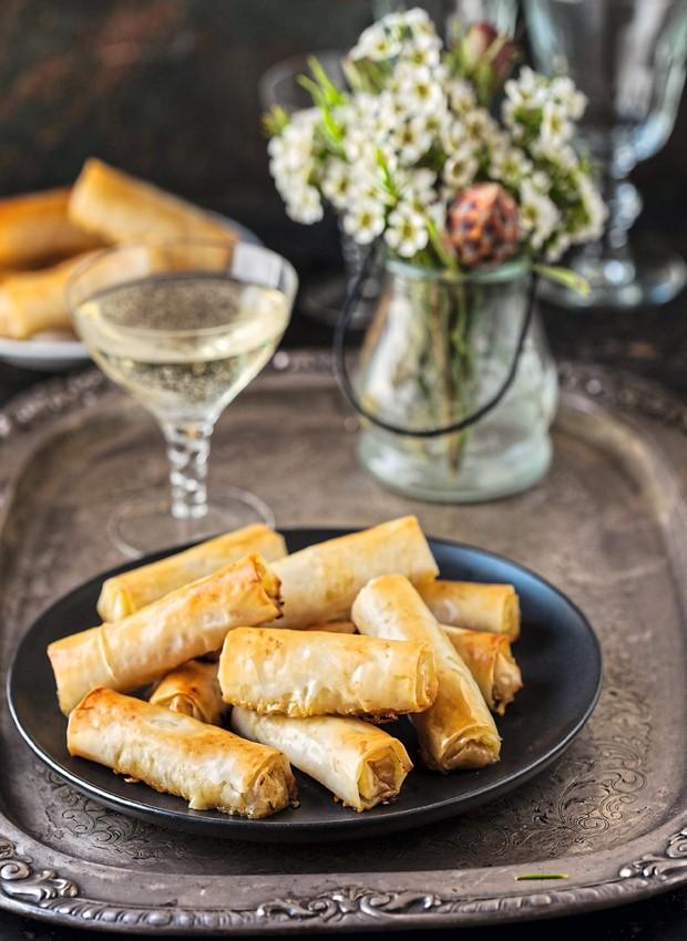 Charutinhos de pera caramelizada e gorgonzola (Foto: StockFood /Great Stock!)