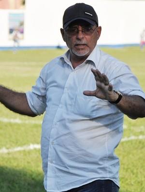 Gilson Gênio, técnico do São Pedro (Foto: Vitor Costa/Futrio.net)