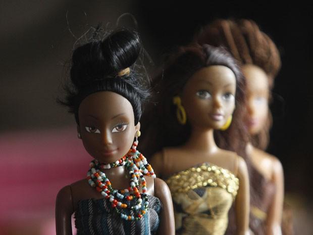 Bonecas da Queens of Africa (Foto: Akintunde Akinleye/Reuters)