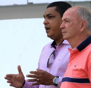 Val Barreto, Magnata e Sérgio Dias no Remo (Foto: Igor Mota/O Liberal)