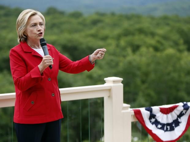 Hillary Clinton também discursou sobre a Rússia: 'Putin não é um homem fácil' (Foto: AP)