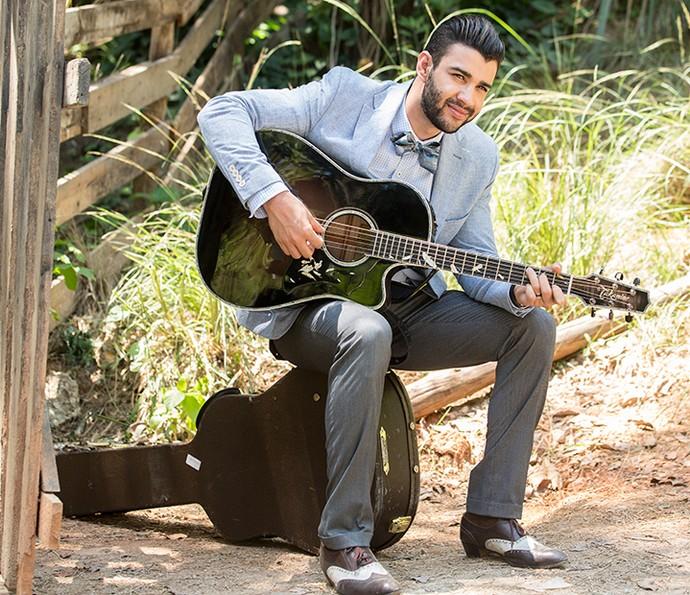 Gusttavo Lima grava clipe da música que faz aprte da trilha sonora da nova novela das seis (Foto: Felipe Monteiro/Gshow)