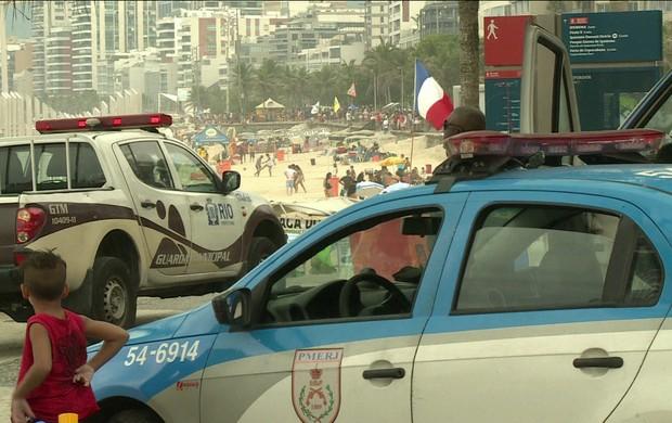 policiamento reforçado ()